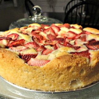 Fresh Strawberry Cake {From Scratch Recipe}