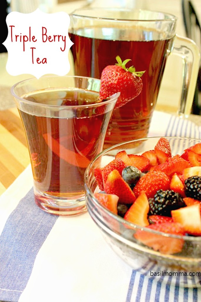 Homemade Triple Berry Tea - Freshly brewed tea blended with a mixed berry puree of strawberries, blueberries, and blackberries. SO refreshing! Get the recipe from @basilmomma