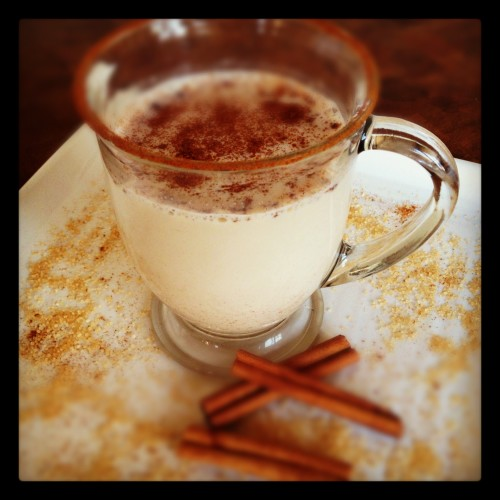 Cinnamon Glow Winter Warmer - This non-alcoholic drink is a great way to celebrate Christmas and New Year's Eve - Get the recipe from basilmomma.com