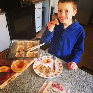 Kids In The Kitchen: Making Toufayan Pita Chips for Their Sabra Hummus