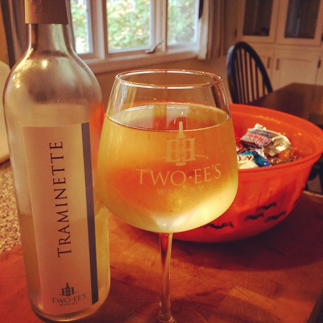 Happy #Halloween ! @twoeeswinery @indianawinebabe #IndianaWine #Traminette