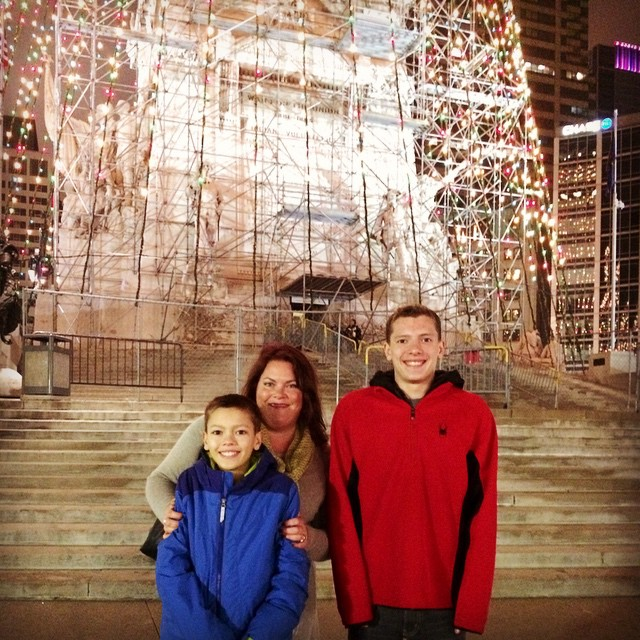 Annual photo on @monumentcircle in #DowntownIndy @visitindy #holidaytradition with @docta.tallman @talllumberjack @matttallman