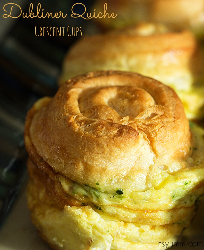 Make-ahead breakfast recipes: Perfect for a portable breakfast or a comfy brunch in bed! These Crescent roll quiche cups are filled with broccoli, bacon, and Kerrygold Dubliner cheese. SO delicious! Recipe from @itsyummi