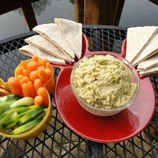 Classic Hummus Recipe for a Healthy Snack