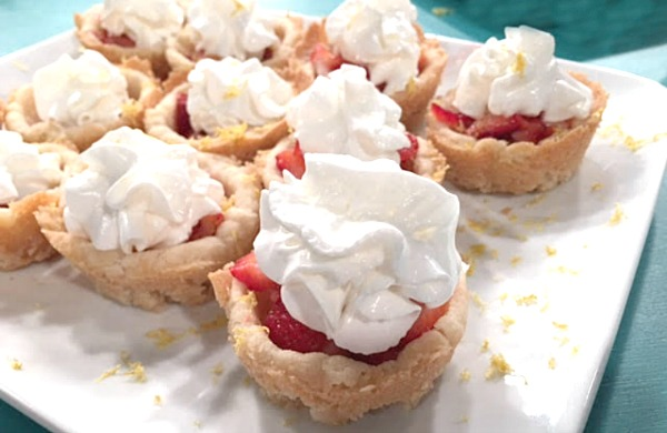 Oven Roasted Strawberry Cookie Cups - Get the recipe from basilmomma.com