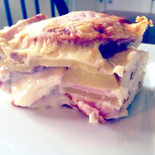 Cheesy Ham and Potato Gratin is a great meal to make with Easter leftovers! | Basilmomma.com