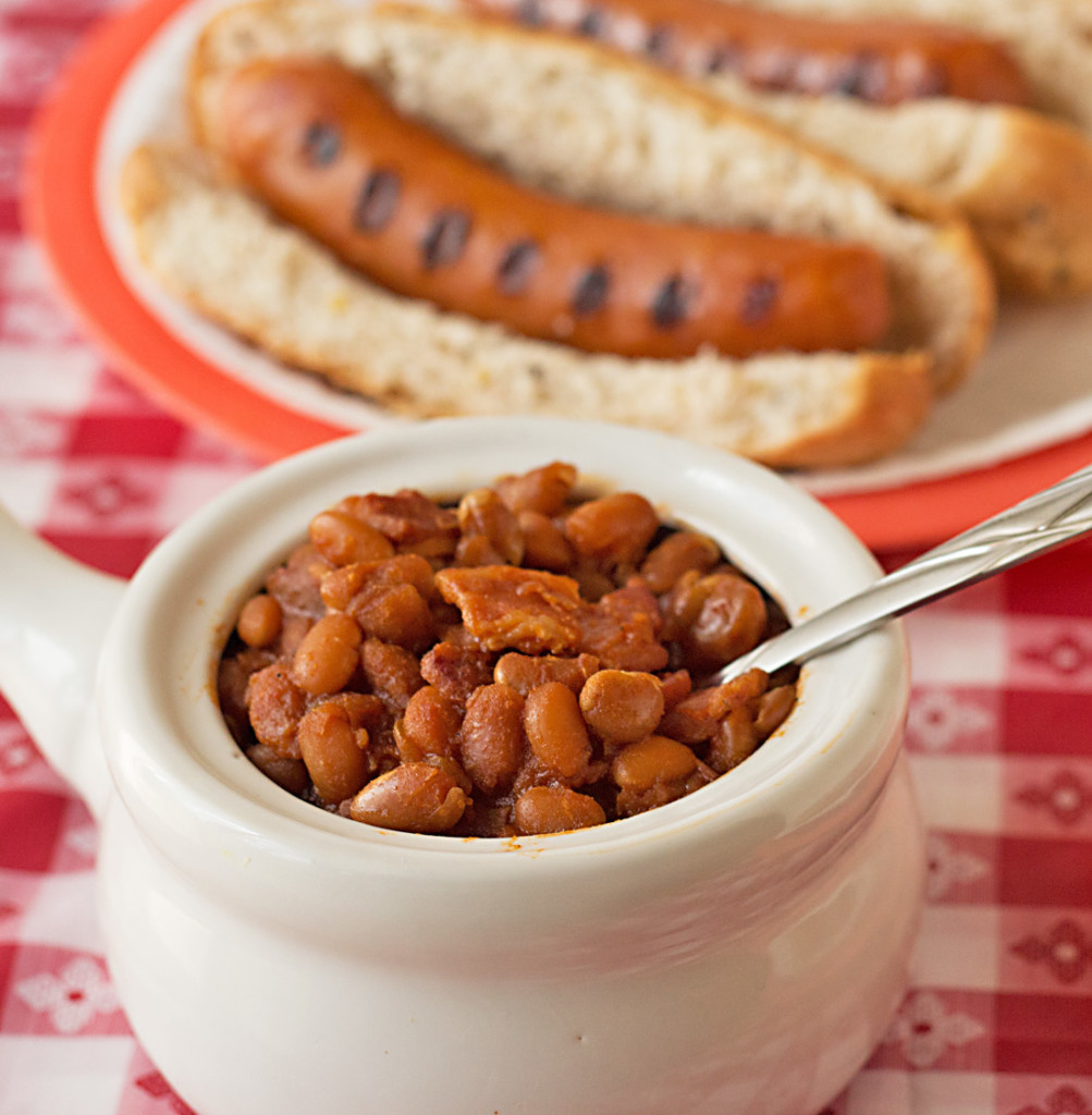 Slow Cooker BBQ Baked Beans Recipe from ItsYummi.com